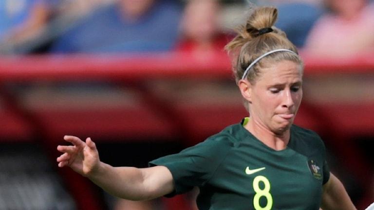 Australiens landslagsmittfältare Elise Kellond-Knight lämnar Hammarby efter säsongen.