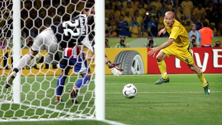 Ljungbergs nick mot Paraguay 2006.