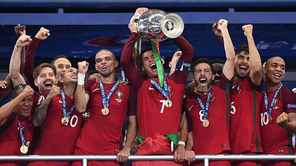 Portugal jublar.