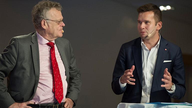 RF-ordföranden Björn Eriksson och idrottsministern Gabriel Wikström.