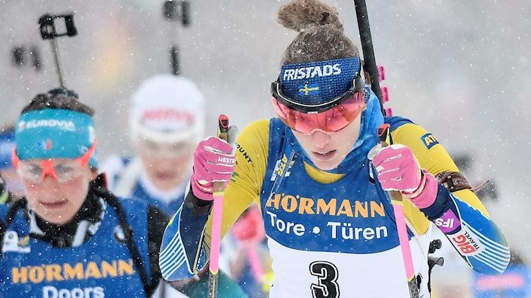 Hanna Öberg i masstarten.