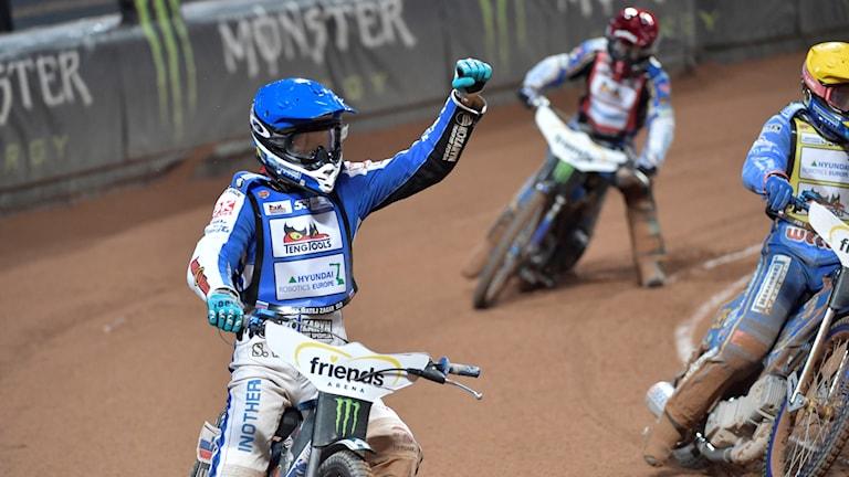 Matej Zagar vinner finalen före Bartosz Zmarzlik och Jason Doyle under lördagens Speedway Grand Pix deltävling 10 i Solna