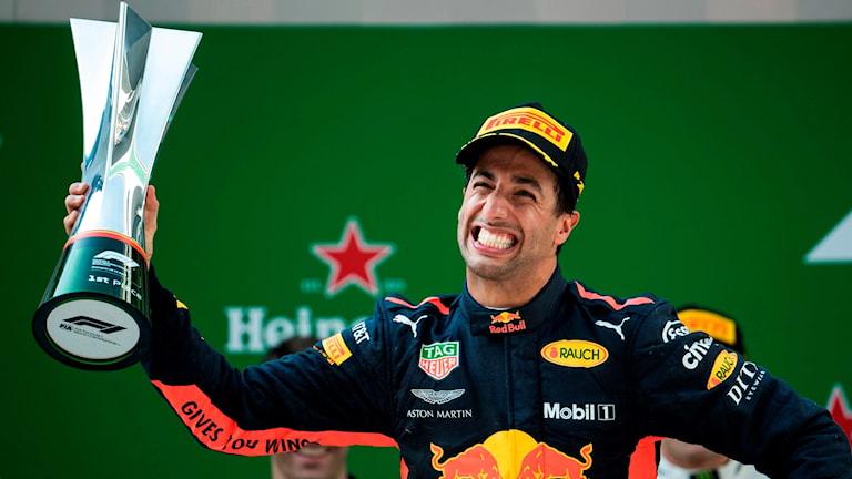 Daniel Ricciardo tog hem Shanghais GP.