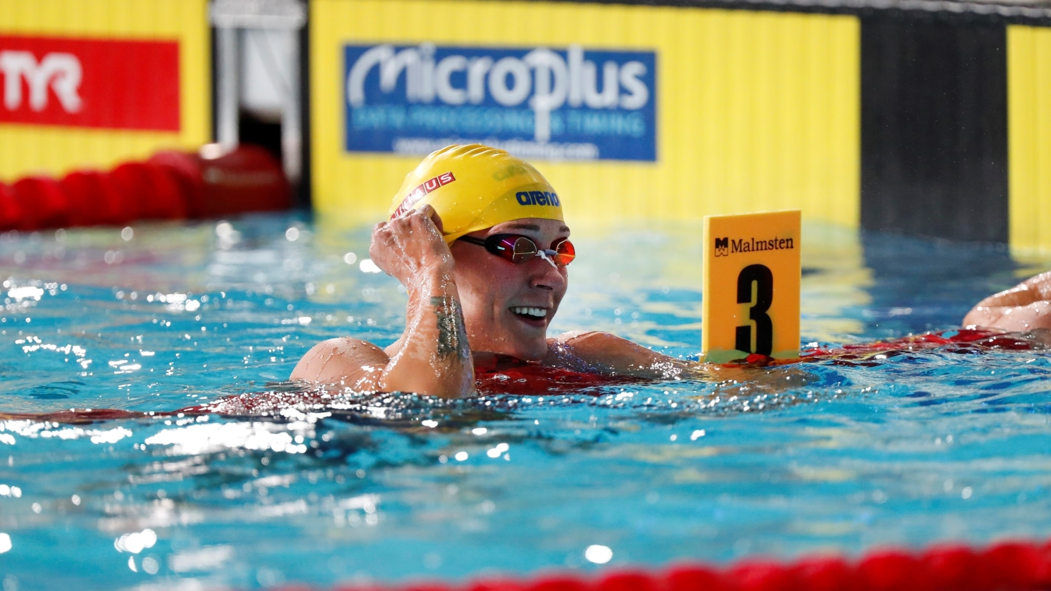 Sjostrom simmar for nytt guld