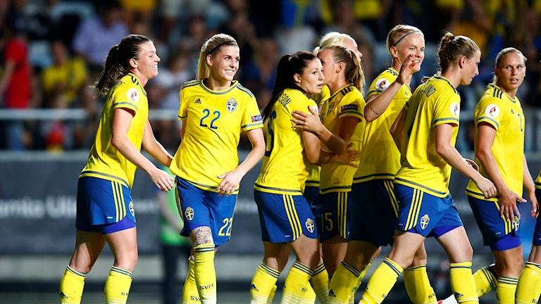لاعبات المنتخب السويدي لكرة القدم.