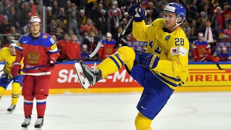 Elias Lindholm riskerar att missa matchen mot USA.