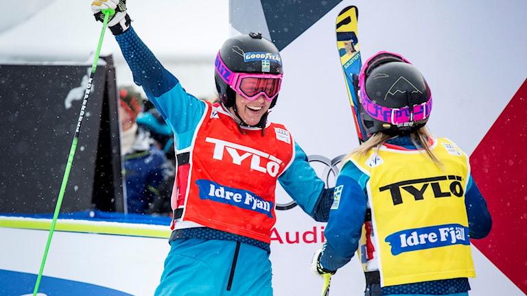 Anna Holmlund  och Sandra Näslund.