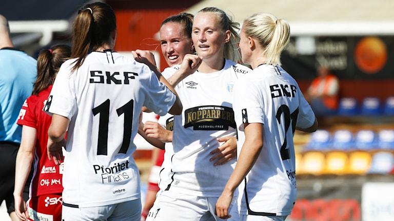 Stina Blackstenius efter sitt mål mot Piteå.
