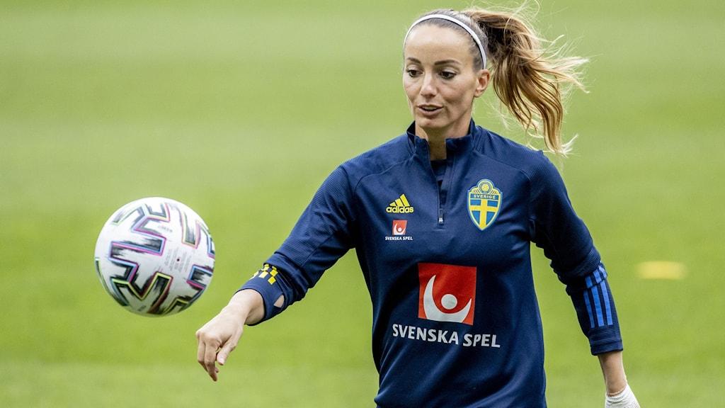 Kosovare Asllani under damlandslagets träning på Gamla Ullevi inför EM-kvalet.