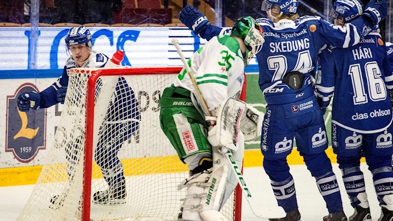 Martin Karlsson kvitterar.