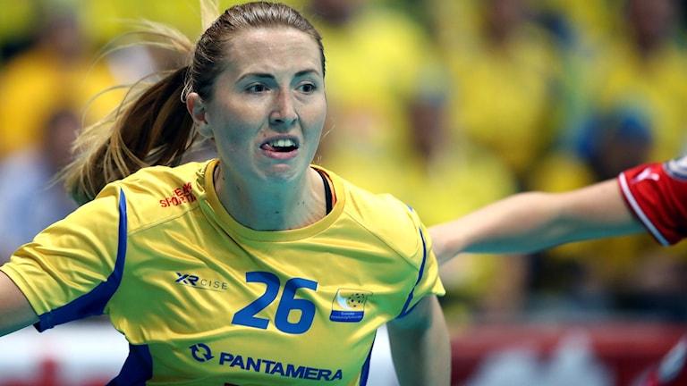 Sveriges Emelie Wibron i semifinalen mot Tjeckien under innebandy-VM i Bratislava.