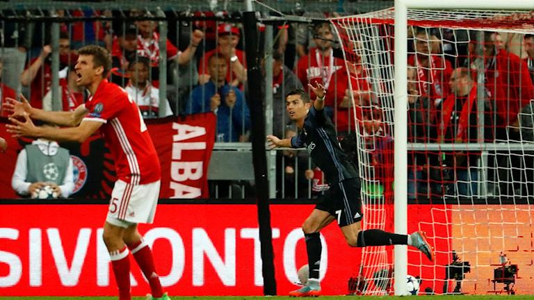Cristiano Ronaldo jublar efter