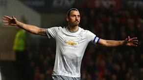 Zlatan Ibrahimovic gjorde sin första match från start sedan korsbandsskadan.
