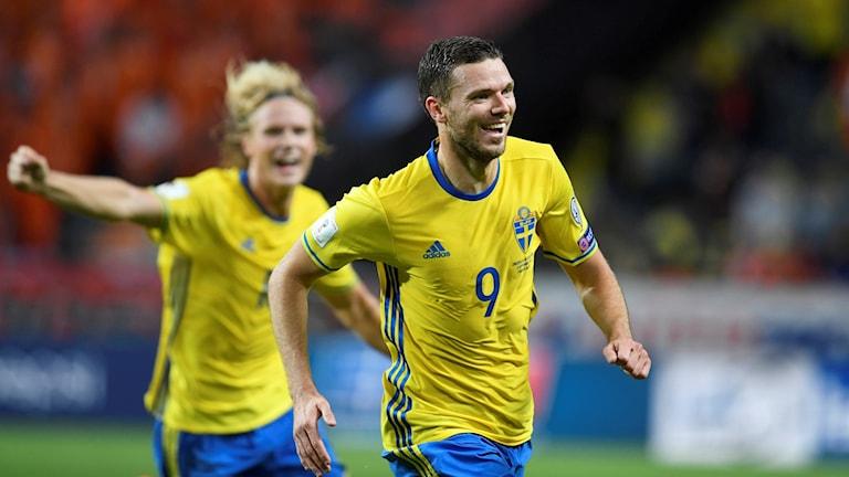 Marcus Berg jublar efter sitt 1-0-mål mot Nederländerna.