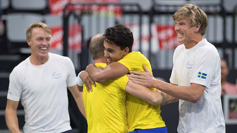 Svenskjubel i Davis Cup.