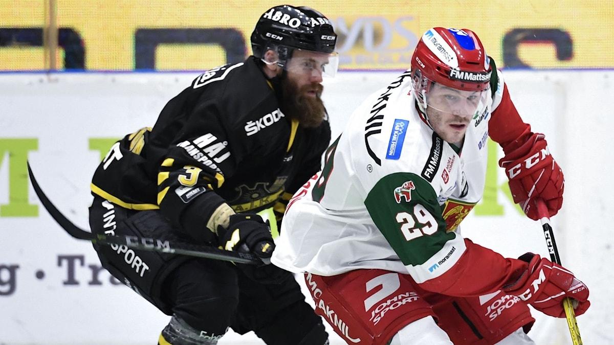 AIKs Johan Larsson mot Moras Johan Persson