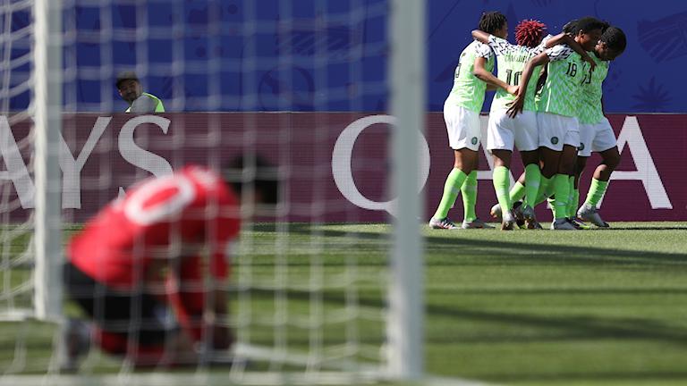 Nigerianskt jubel mot Sydkorea.
