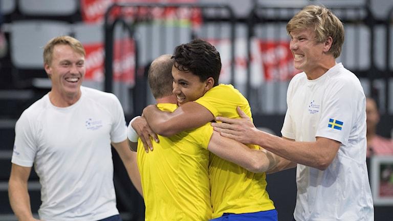 Davis Cup Sverige Johan Hedsberg, Jonathan Mridha. Foto: Peter Schneider/TT