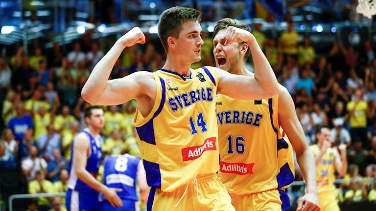 Sverige inledde VM-kvalet med seger.