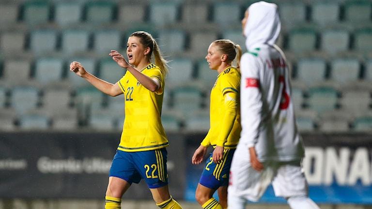 Sverige mötte Iran på hemmaplan.
