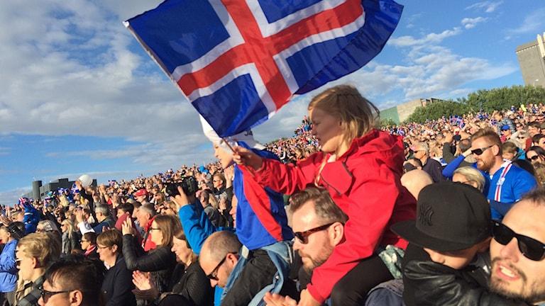 Island firar sitt fotbollslandslag efter succén i EM 2016.