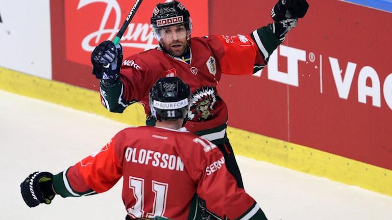 Frölundas Joel Lundqvist jublar efter 2-2 under finalen i Champions Hockey League (CHL) mellan Frölunda HC och HC Sparta Prag i Frölundaborg i Göteborg.