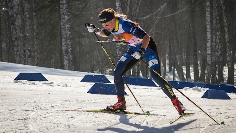 Tove Alexandersson leder världscupen efter två tävlingar.