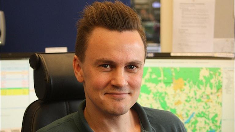 Joakim Jax, trafikreporter och sändningsledare. Foto: Lars-Åke Gustavsson/Sveriges Radio