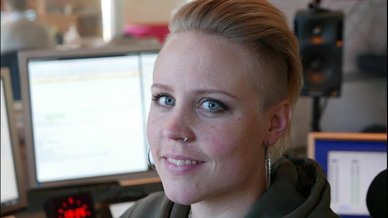 Sanna Richter, trafikreporter och sändningsledare. Foto: Lars-Åke Gustavsson/Sveriges Radio