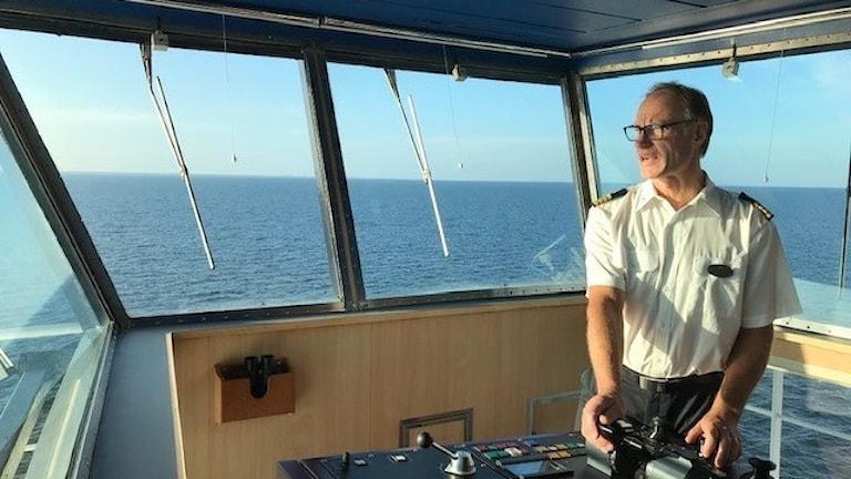 Mats Thor, befälhavare Gotlandsfärjan, på bryggan