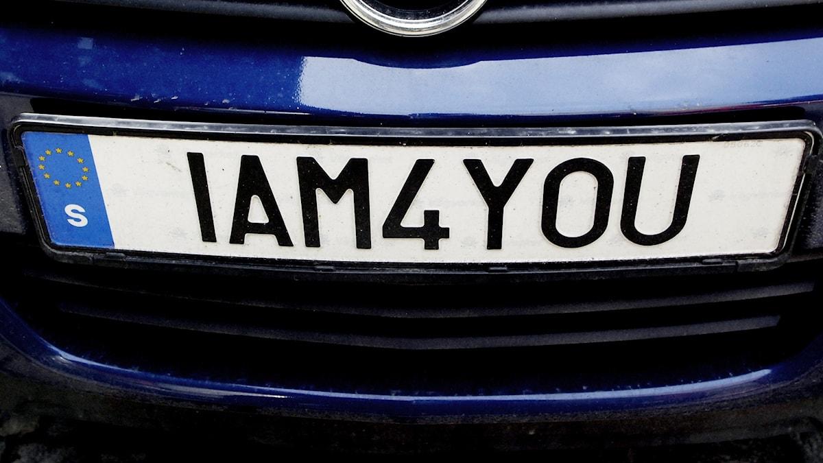 Personliga bilskyltar får inte verka stötande för andra.