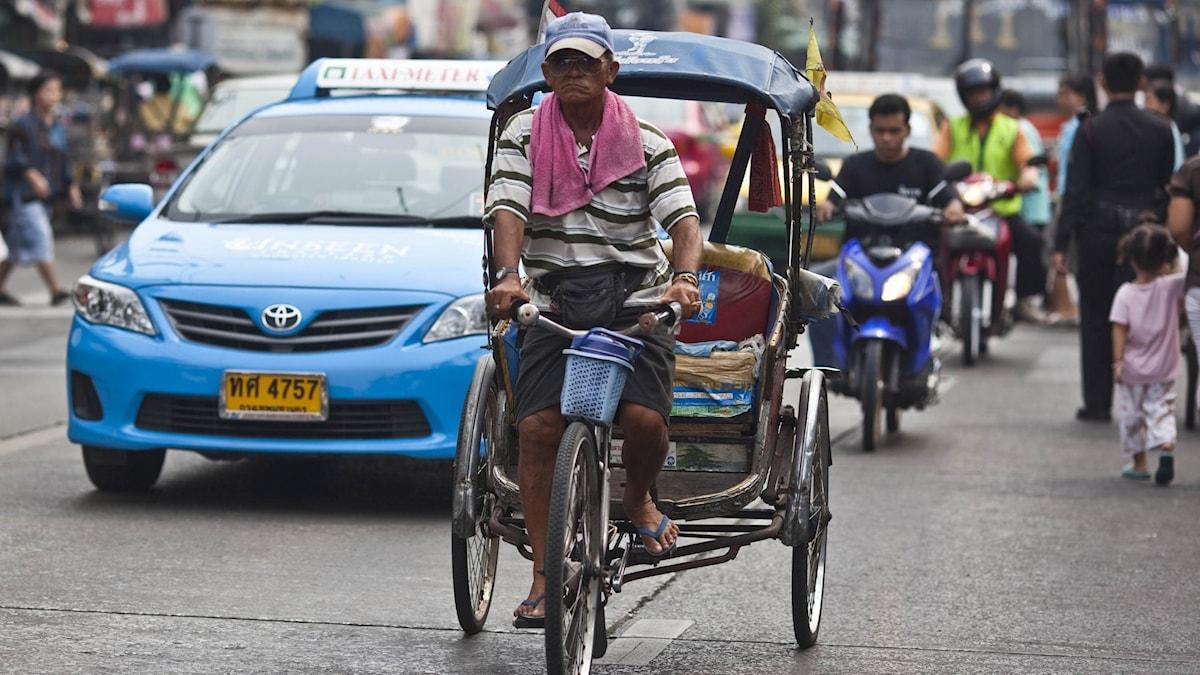 Tät trafik i Thailand