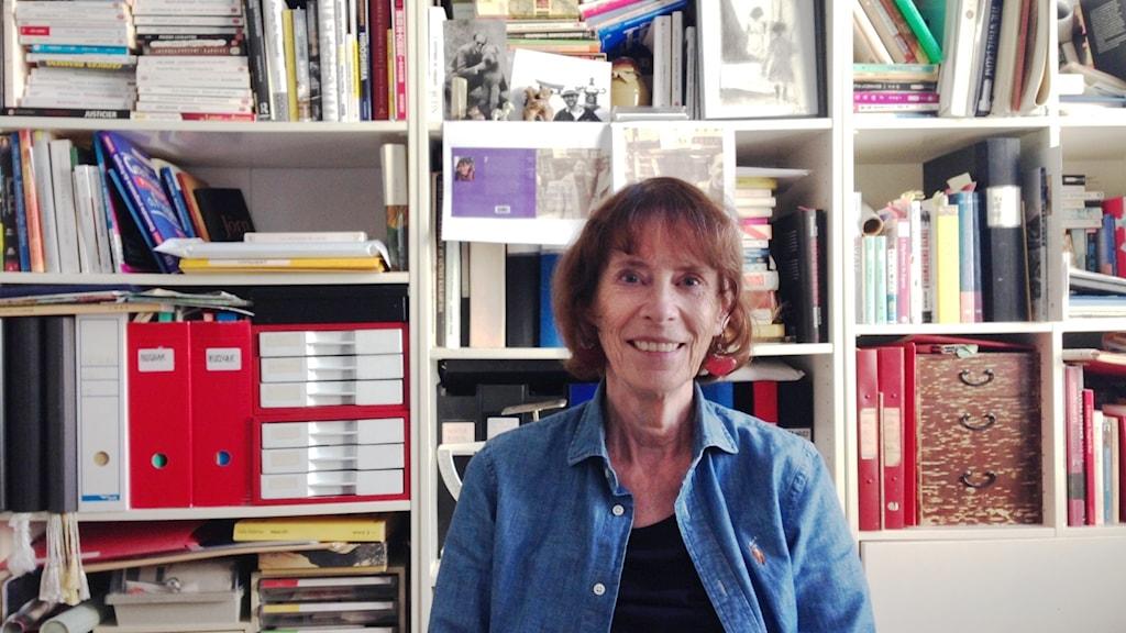 Monica Braw Lompolo työhuoneessaan Malmössä.