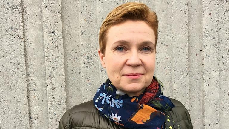 Kirjailija Sirpa Kähkönen.