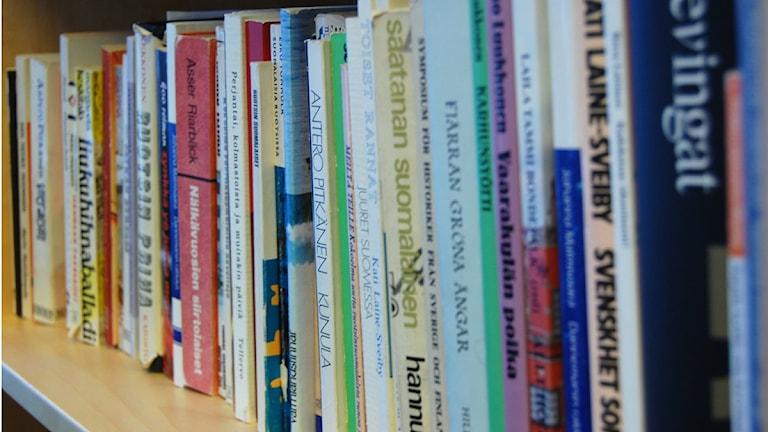Kirjoja, böcker