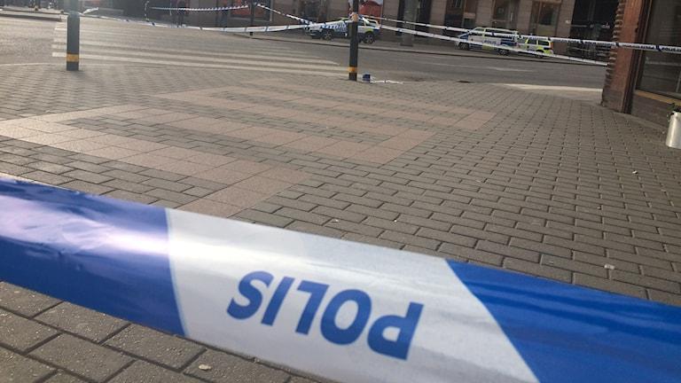 Poliisi on eristänyt alueen Tukholman keskustassa
