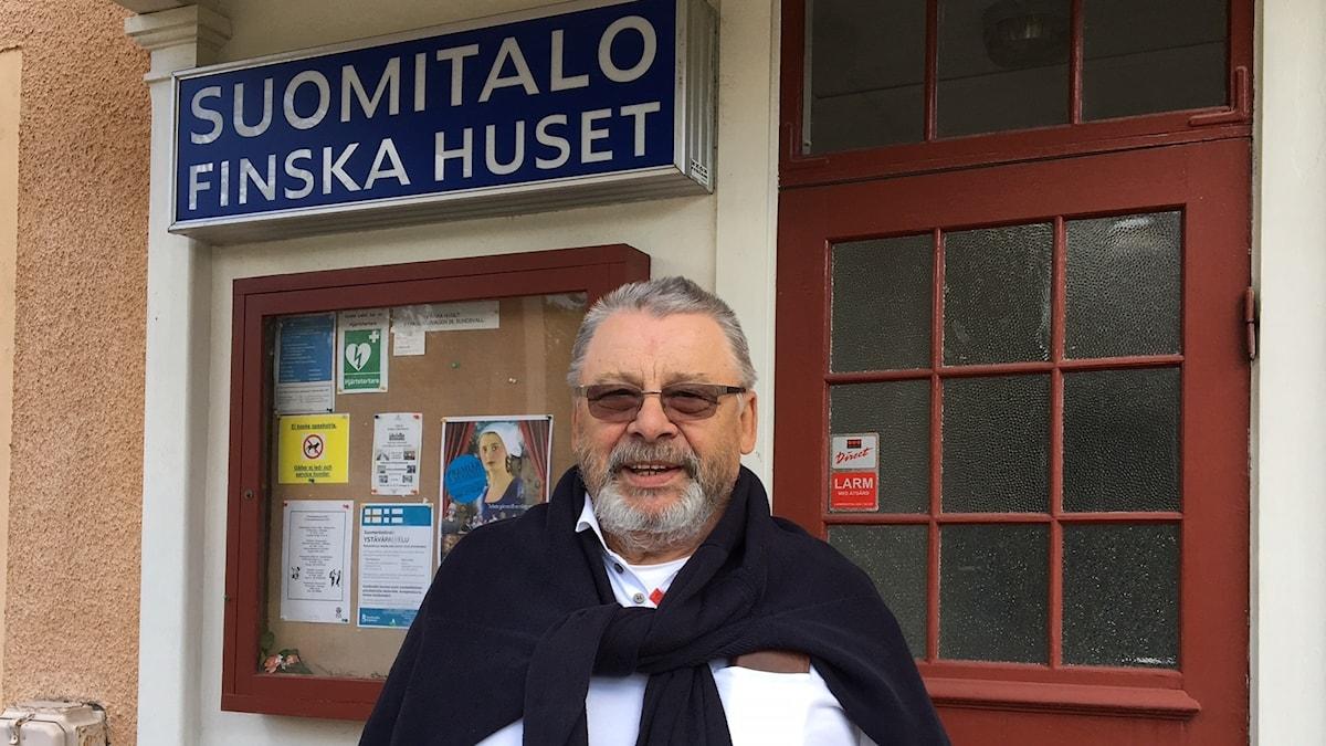 Sundsvallin Suomiseuran puheenjohtaja Paavo Koivuranta