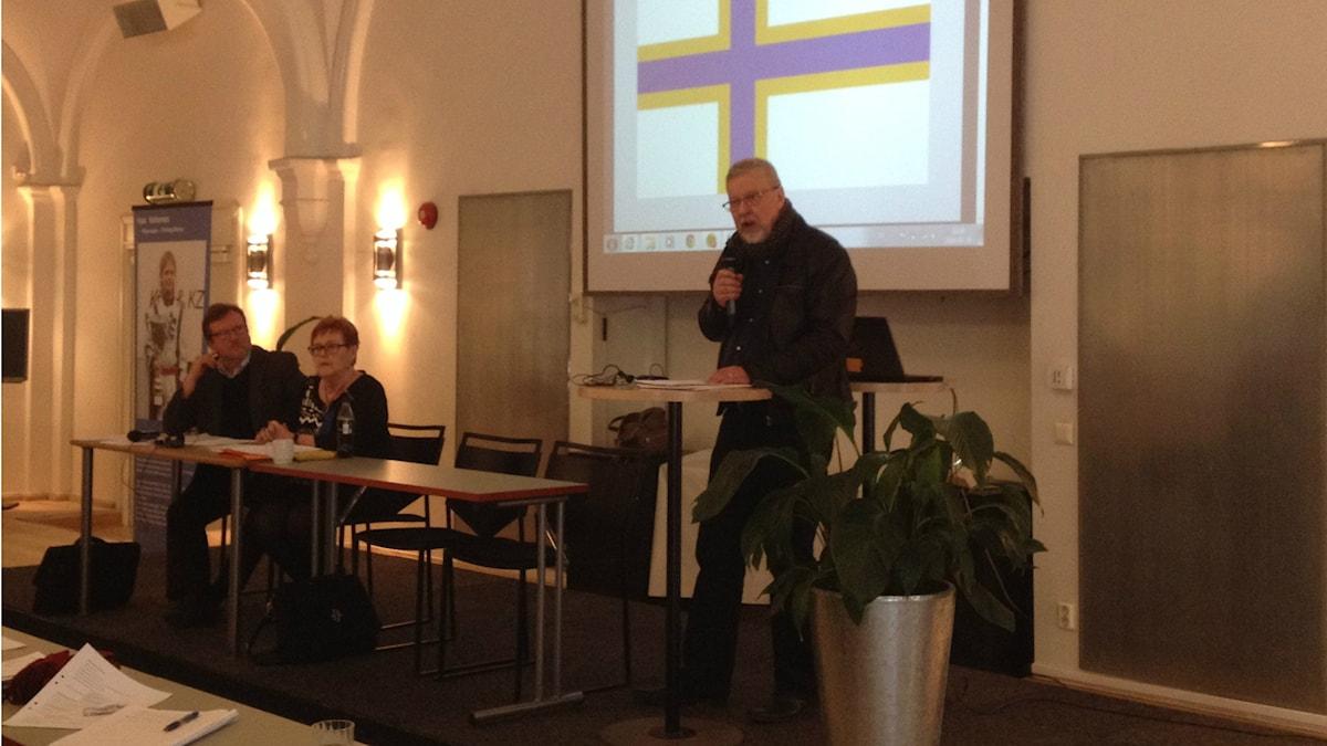 Ruotsinsuomalaisen valtuuskunnan puheenjohtaja Markku Peura. Foto: Sini Teng/SR