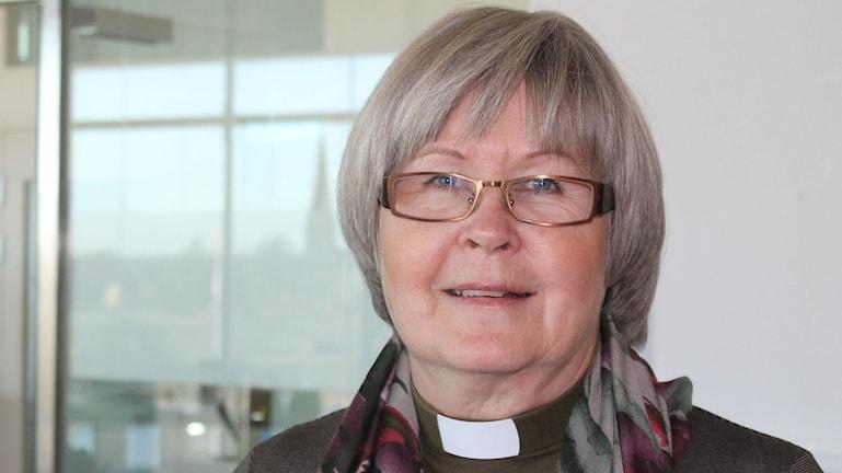 Kolme vuosikymmentä diakoniatyötä Eila Svenssonilla.Foto Pirjo Hamilton.SR Sisuradio.