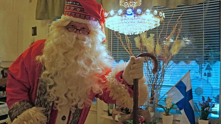 Mikko Javanainen, tukholmalaispukki, valmistautuu ajoissa jouluun. Foto: Marja Siekkinen
