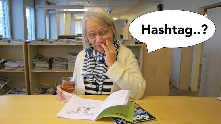 Kaarina pohtii, mikä hashtag olikaan suomeksi.