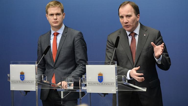 Stefan Löfven och Gustav Fridolin utlyser extraval.