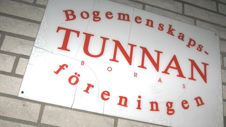 Tunnlandsgatanin asumisyhteisöä kutsutaan tuttavallisesti Tunnan-nimellä. Kuva: Teija Martinsson.