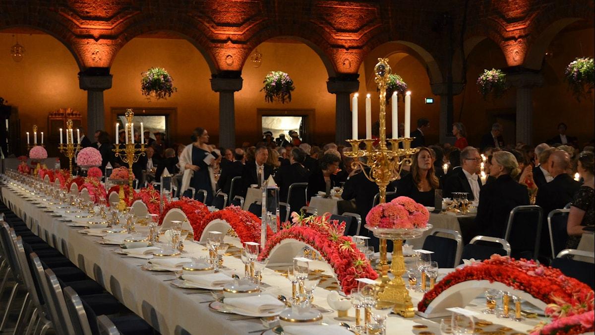 Nobel -illallispöytä Blå Hallenissa. Kuva: Kaarina Wallin/Sveriges Radio Sisuradio