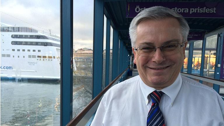 Hans Friberg svarar för säkerhets- och miljöfrågor på Tallink Silja.