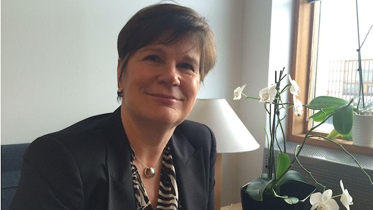 Chef för den konsulära avdelningen i Finlands ambassad i Stockholm, Elina Karlsson.
