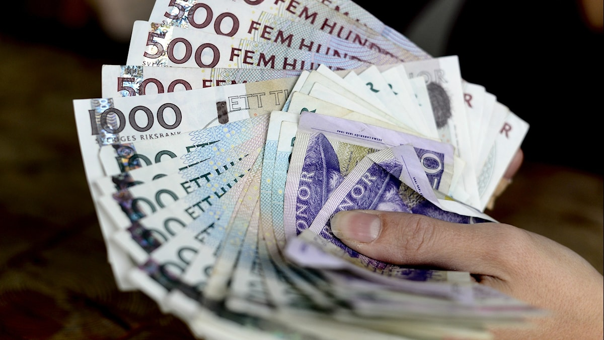 Kuvassa ruotsalaisia seteleitä. Foto: Pontus Lundahl / TT
