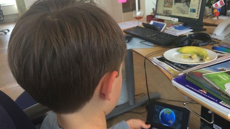 Lapsi tekniikka tietokone Barn teknik dator Foto/Kuva: Kaarina Wallin/Sveriges Radio Sisuradio