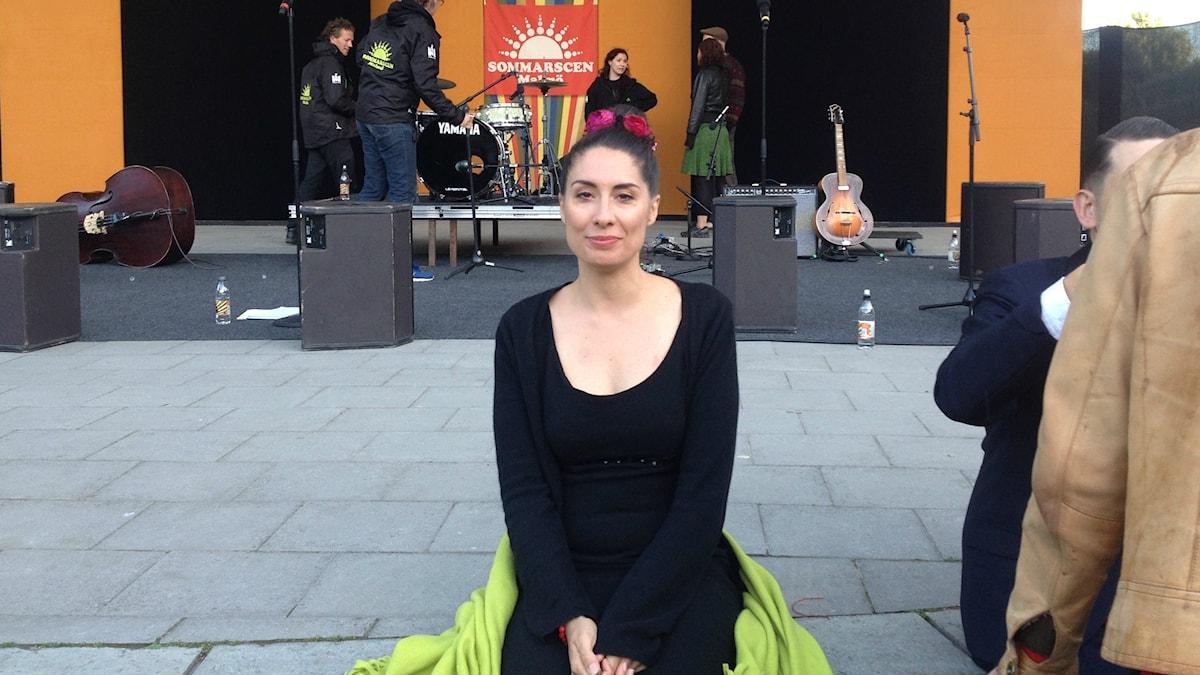 Darya Pakarinen oli ensimmäistä kertaa esiintymässä Sommarscen-tapahtumassa. Kuva: Sanna-Leena Rinne/SR Sisuradio