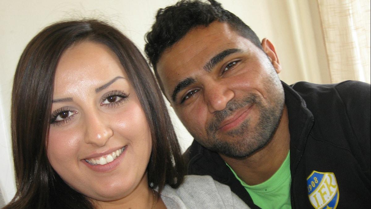Pakolaisina Pohjoismaihin Irakista tulleet Zhyan Moradi ja Payman Mradian.